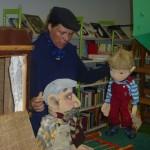 Birgit Schuster mit dem Figurentheater Schnuppe